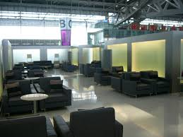 file vtbs waiting room of thai airways jpg wikimedia commons