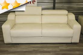 canap cuir beige canape beige free canap moderne granita places tissu beige with