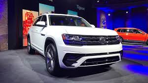 volkswagen atlas 2017 vw atlas r line shows its sporty side in detroit