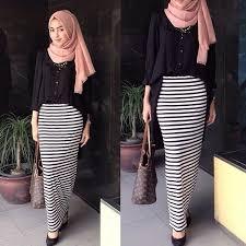 Baju Atasan Rok Levis 17 contoh model busana muslim setelan rok panjang modis