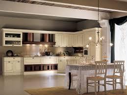 cuisine classique chic cuisine 2 couleurs cuisine classique en merisier 2 couleurs