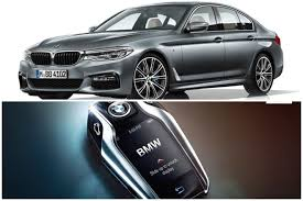 bmw 5 series key fob mobile like touchscreen key that allows you to park your bmw 5
