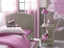decoration chambre fille chambre d enfant comment l aménager et la décorer femme actuelle