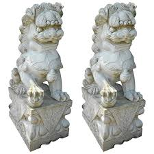 foo dogs statues impressive pair of marble foo dog statues for sale at 1stdibs