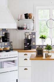 are cherry kitchen cabinets out of style 15 kitchen trends designers never want to see again