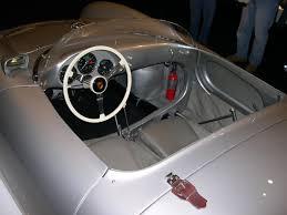 classic porsche spyder file 1955 porsche 550 spyder interior jpg wikimedia commons
