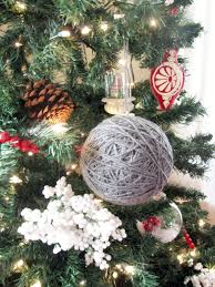 adorable hand made ornaments make a perfect winter party favor for
