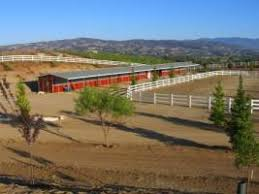 Red Barn Boarding Horse Boarding Farms In Menifee Ca Horse Stables Horse Ranches