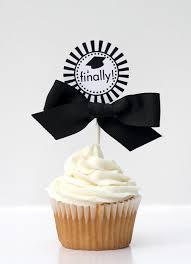 graduation cake toppers best 25 graduation cupcake toppers ideas on