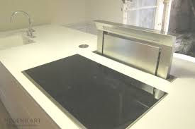 ilot central cuisine avec evier ilot central cuisine avec bar hotte escamotable plaque induction
