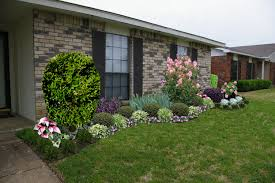 Front Landscaping Ideas Landscape Ideas For Front Of A Brick Ranch Style House Front