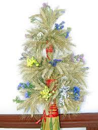 ukrainian thanksgiving didukh ukrainian christmas decoration ukraine pinterest