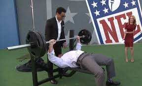 Tom Brady Combine Bench Press Heath Evans Beasts Out 37 Bench Press Reps During Nfl Combine Coverage