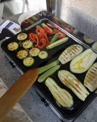 cuisine à la plancha électrique recette plancha electrique faites revenir les oignons et les