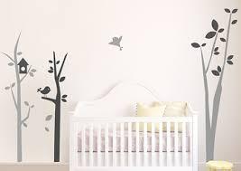 arbre déco chambre bébé stickers arbre chambre bébé avec oiseaux autocollants pour enfants