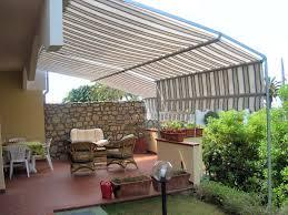 tende esterni tenda da sole ad attico e beige portico anteriore