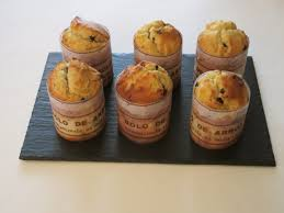 cuisine portugaise dessert bolo de arroz muffins portugais aux pêches jaunes et pépites de