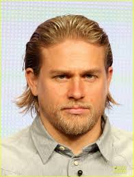 how to get thecharlie hunnam haircut charlie hunnam sons of anarchy at fx s summer tca tour photo