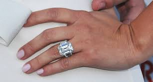 cost of wedding bands how much do wedding rings cost wedding rings wedding ideas and