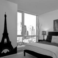 Room Decor For Guys Inspiring Small Black And White Room Decor Feat Paris Themed Wall