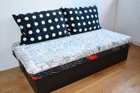 petit canapé pour enfant canapé archives création de meubles en bois sur mesure