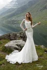 Outdoor Wedding Dresses Outdoor Wedding Weddbook