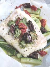 cuisine en papillote papillote de poisson aux olives tomates séchées pesto une autre