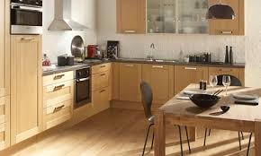 deco cuisine bois deco cuisine marron beige impressionnant organisation décoration