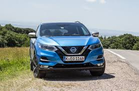 qashqai nissan 2017 nissan qashqai 2017 review is the original suv crossover still