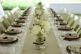 simple but elegant wedding table decor bright pink table
