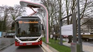 volvo truck service germany premiere for volvo u0027s electric hybrid in commercial service youtube