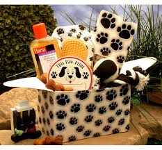 pet gift baskets paw prints doggie care gift box the animal rescue site