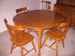 Maple Dining Room Table And Chairs Colonial Style Kitchen Table And Chairs Set Darnell
