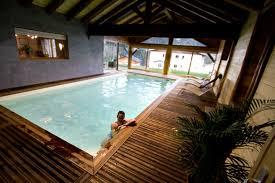 chambre d hote avec piscine int駻ieure gîte avec piscine intérieure idéal ski vélo randonnée au
