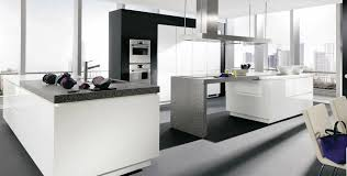 cuisine blanc laqué grande cuisine blanc uni laqué et brillant photo 14 20 un