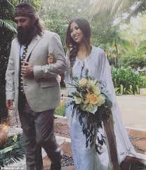 did you see duck dynasty duck dynasty s rebecca robertson marries john reed loflin in