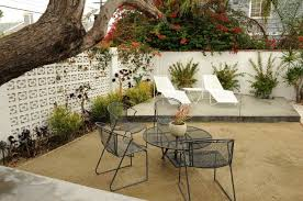 Patio Furniture Costa Mesa by Post Recession Starting Over In A Costa Mesa Garden L A At