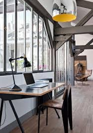 bureau lumineux visite d un loft industriel à bureau lumineux et verriere