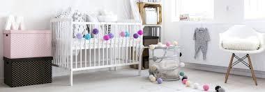 préparer la chambre de bébé preparer la chambre de bebe chambre bacbac berceau fauteuil des