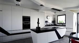 cuisine petit espace design cuisine design with contemporain cuisine décoration de la