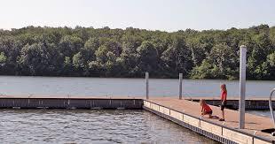 Kansas wild swimming images Water fun in kansas city visit kc jpg