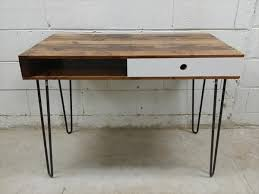 Hairpin Leg Console Table Hairpin Leg Desk With Pallets From Http 101pallets Com Pallet