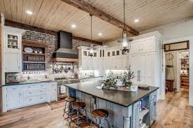 the farm house nashville miley cyrus buys a modern farmhouse in franklin