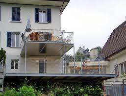 balkon metall metall werk zürich ag balkon und terrasse mit holzboden