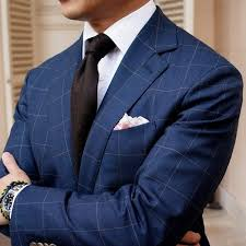 what is the best tie and pocket square combination for royal blue