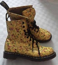 womens boots size 9 dr martens s floral us size 9 ebay