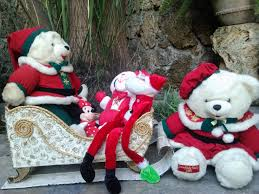 trineo santa claus con cartón santa claus sleigh recycling
