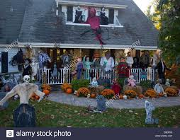 Home Halloween Decorations Suburban Home Halloween Decorations Stock Photos U0026 Suburban Home
