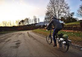 Vermont how to travel on a budget images Cyclist traveling from argentina to canada stops in vermont the jpg