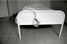 chambre d isolement en psychiatrie psychiatrie nouvelles limites à l isolement et à la contention